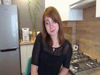 Nu live hete webcamsex met Hollandse amateur  hotlilli?